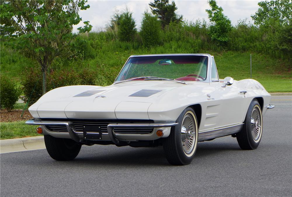 1963 CHEVROLET CORVETTE CONVERTIBLE - Front 3/4 - 157595