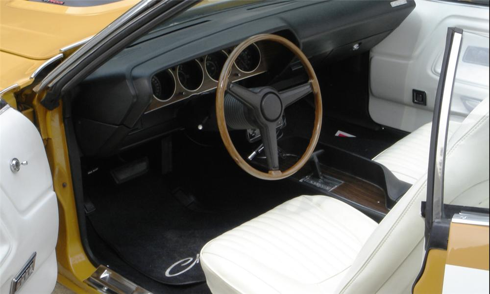 1971 DODGE CHALLENGER CONVERTIBLE - Interior - 15760