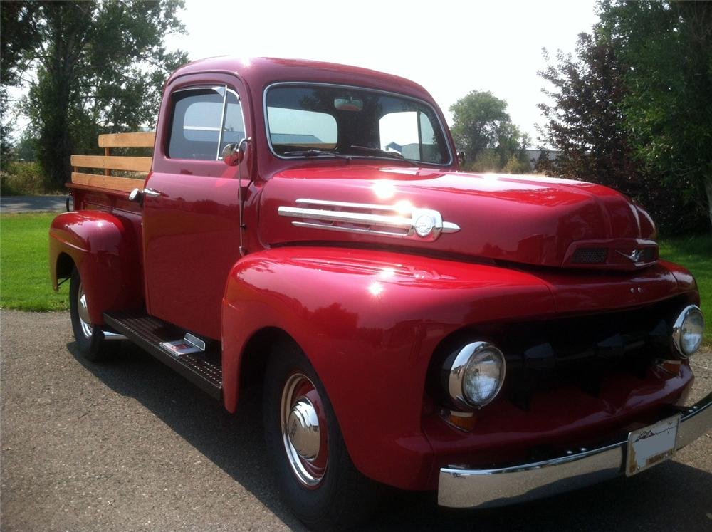 1952 FORD F-1 CUSTOM TRUCK - Front 3/4 - 157609