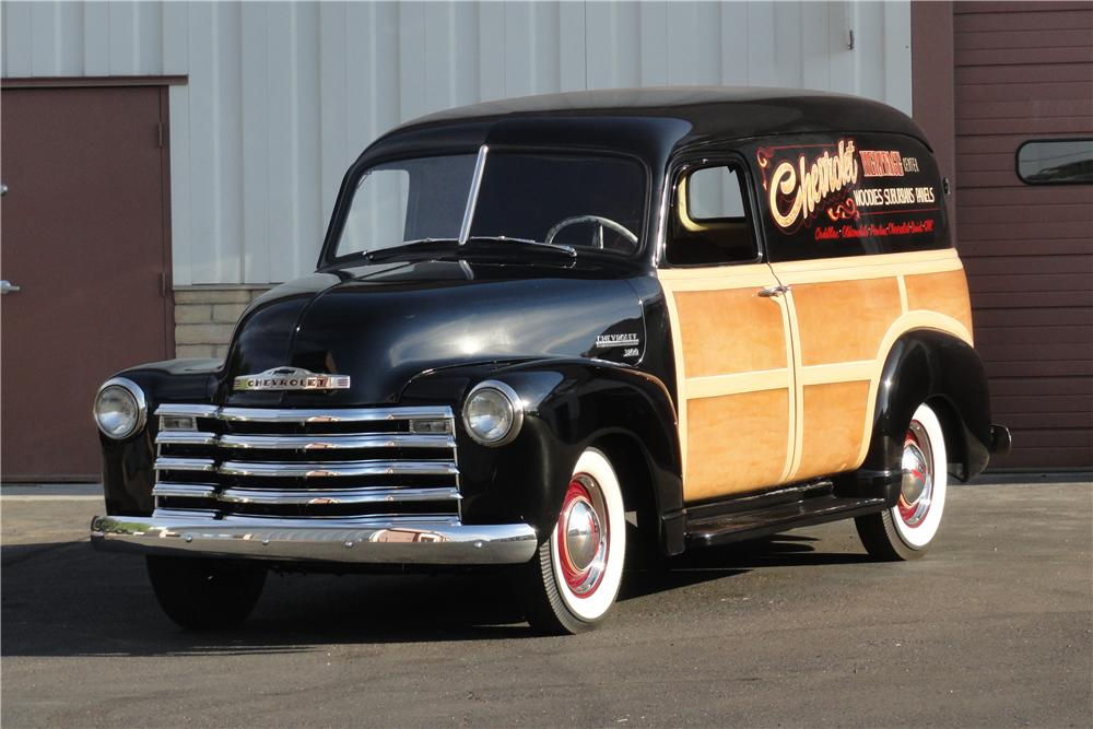 1953 CHEVROLET PANEL TRUCK - Front 3/4 - 157622