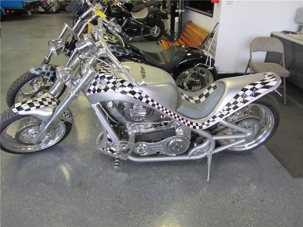 2003 BOURGET RACER CUSTOM DRAG BIKE - Front 3/4 - 157629