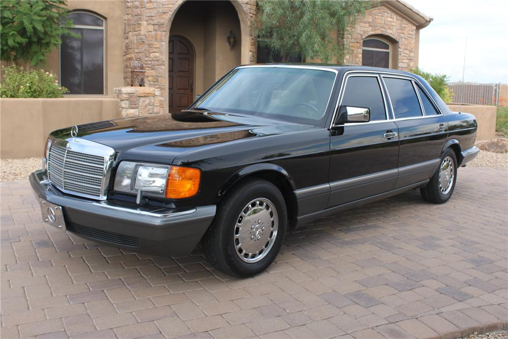 1991 MERCEDES-BENZ 560SEL 4 DOOR SEDAN - Front 3/4 - 157634