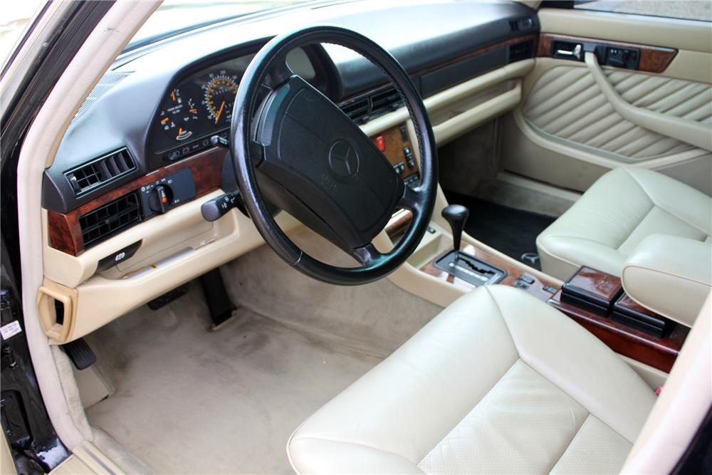 1991 MERCEDES-BENZ 560SEL 4 DOOR SEDAN - Interior - 157634