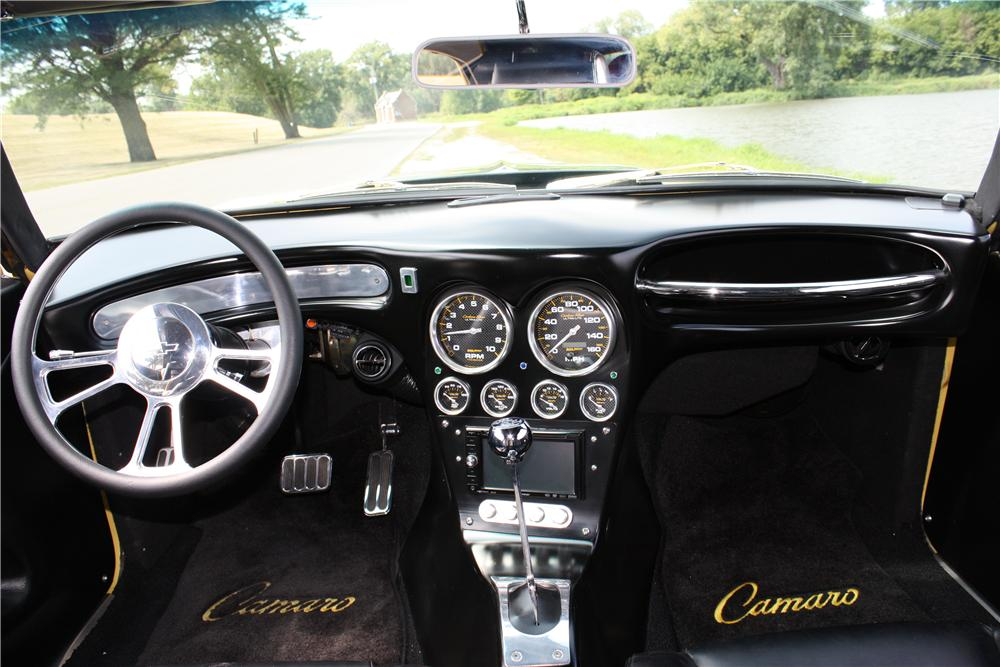 1969 CHEVROLET CAMARO CUSTOM 2 DOOR COUPE - Interior - 157645