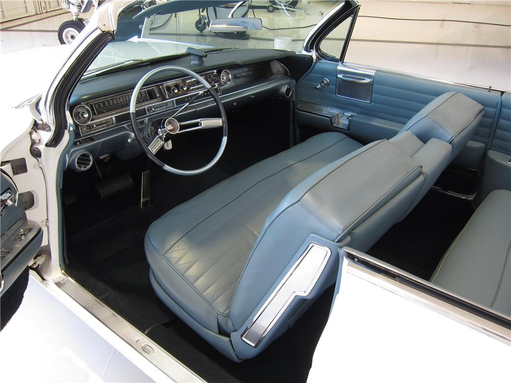 1961 CADILLAC SERIES 62 CONVERTIBLE - Interior - 157658