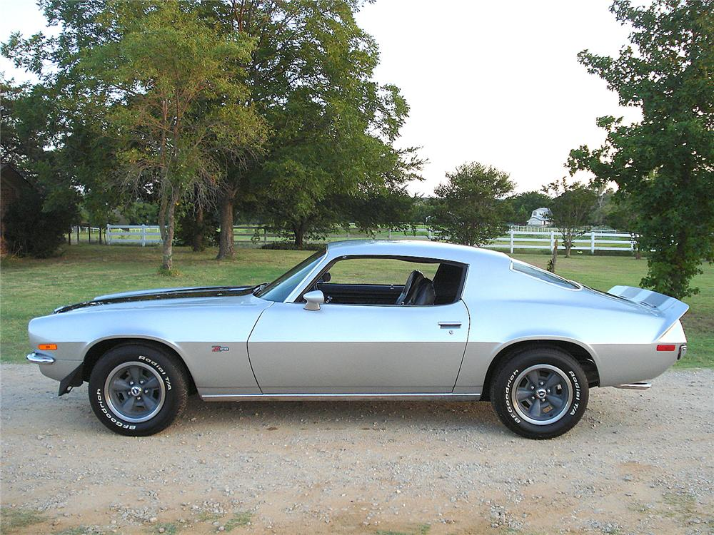 1971 CHEVROLET CAMARO Z/28 COUPE - Side Profile - 157676