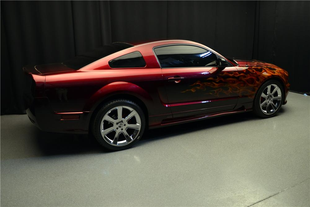 2005 FORD MUSTANG GT CUSTOM FASTBACK - Side Profile - 157679