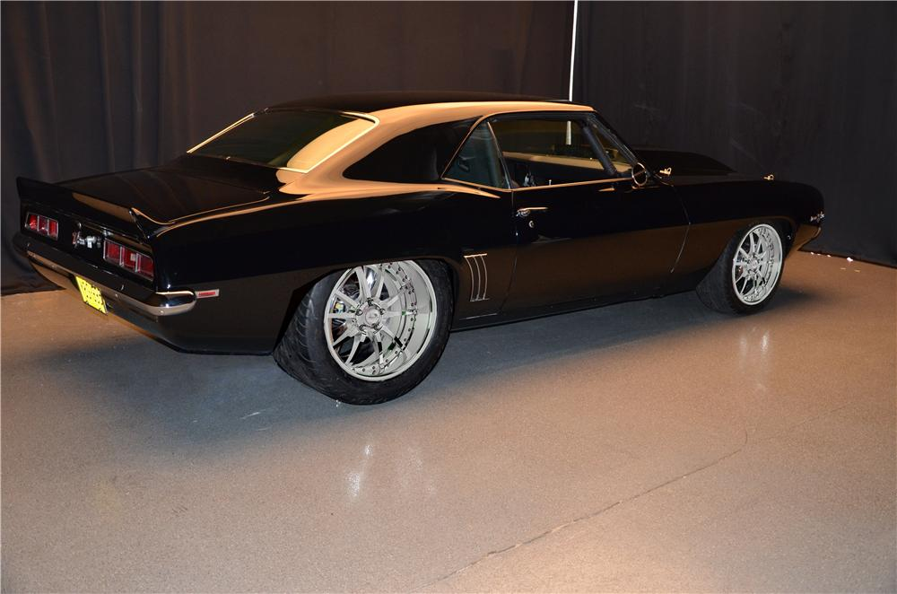 1969 CHEVROLET CAMARO CUSTOM 2 DOOR COUPE - Rear 3/4 - 157688