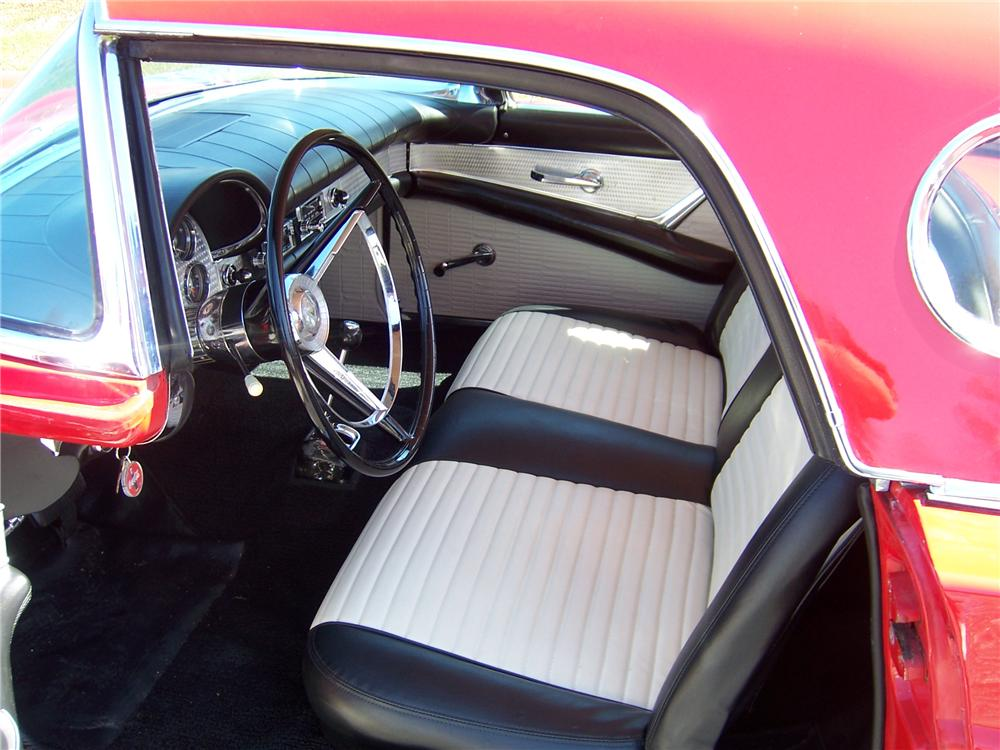1957 FORD THUNDERBIRD CONVERTIBLE - Interior - 157704