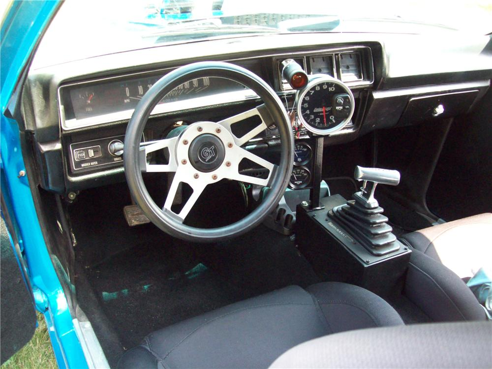 1972 CHEVROLET VEGA CUSTOM WAGON - Interior - 157705