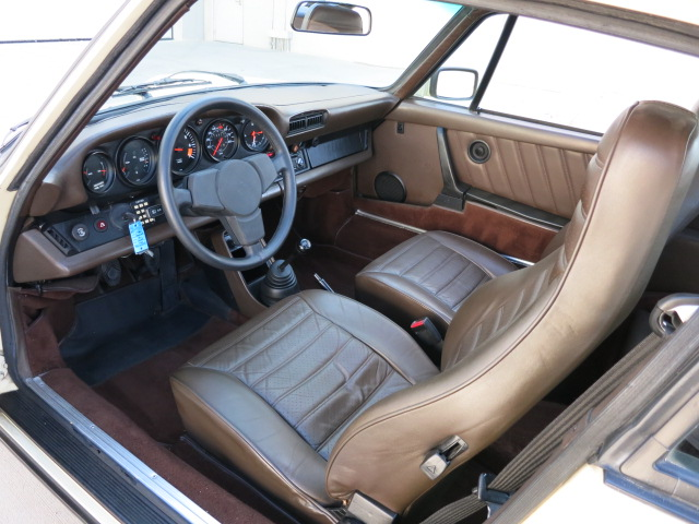1980 PORSCHE 911 SC 2 DOOR COUPE - Interior - 157721