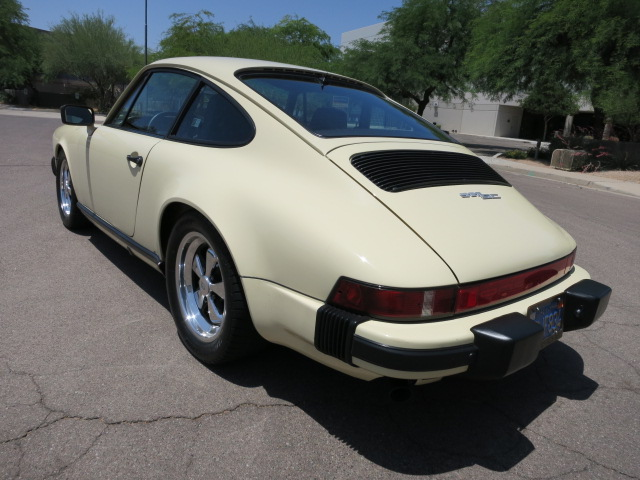 1980 PORSCHE 911 SC 2 DOOR COUPE - Rear 3/4 - 157721