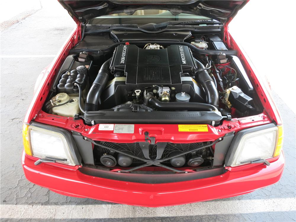 1991 MERCEDES-BENZ 500SL CONVERTIBLE - Engine - 157723