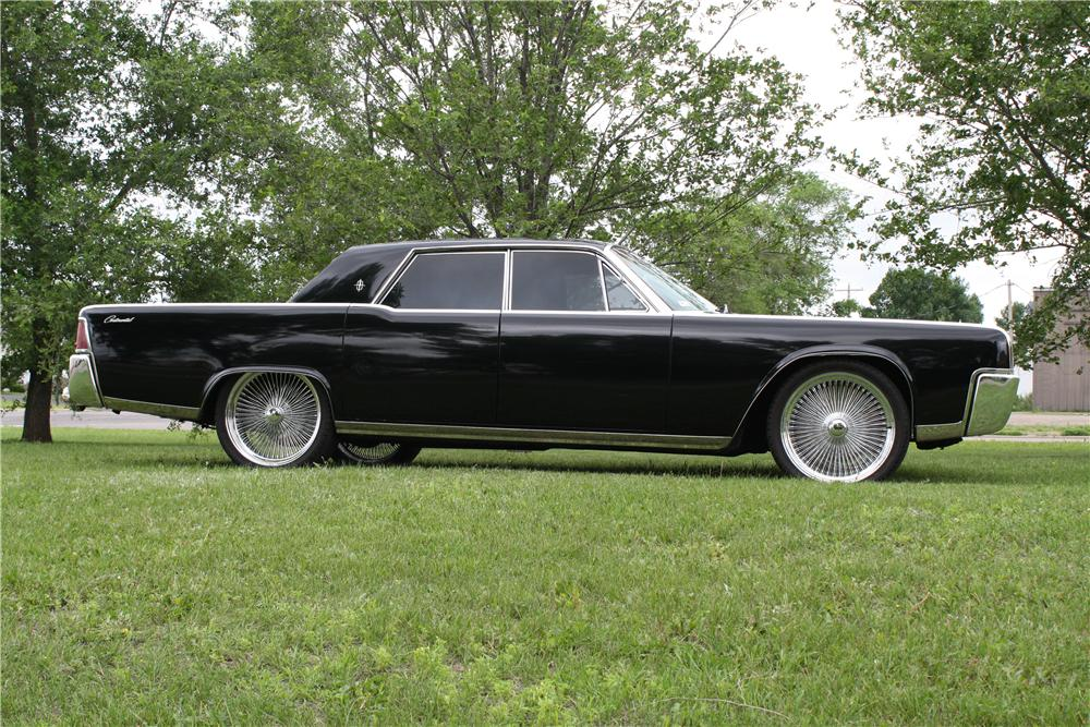 1964 LINCOLN CONTINENTAL CUSTOM 4 DOOR SEDAN - Side Profile - 157730