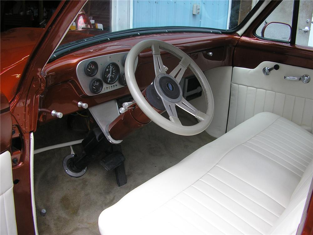 1953 FORD F-100 CUSTOM PICKUP - Interior - 157732