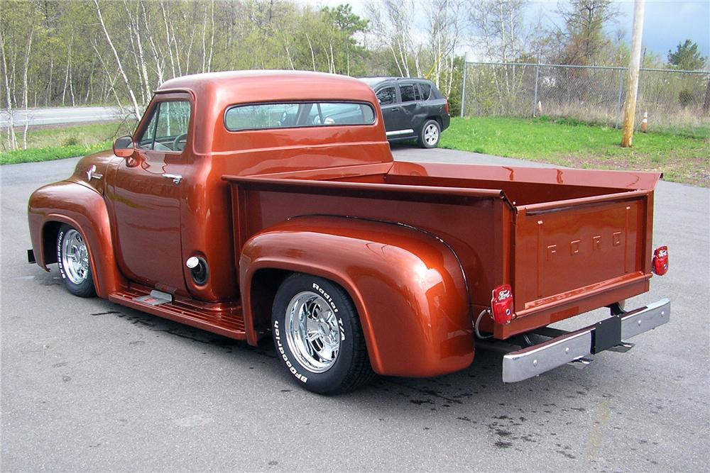 1953 FORD F-100 CUSTOM PICKUP - Rear 3/4 - 157732