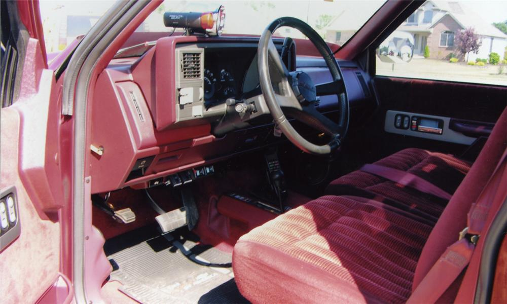1991 CHEVROLET C-10 CUSTOM PICKUP - Interior - 15774