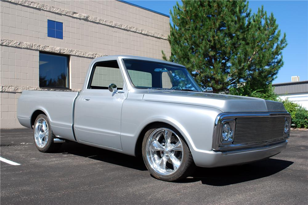 1969 CHEVROLET C-10 CUSTOM PICKUP - Front 3/4 - 157761
