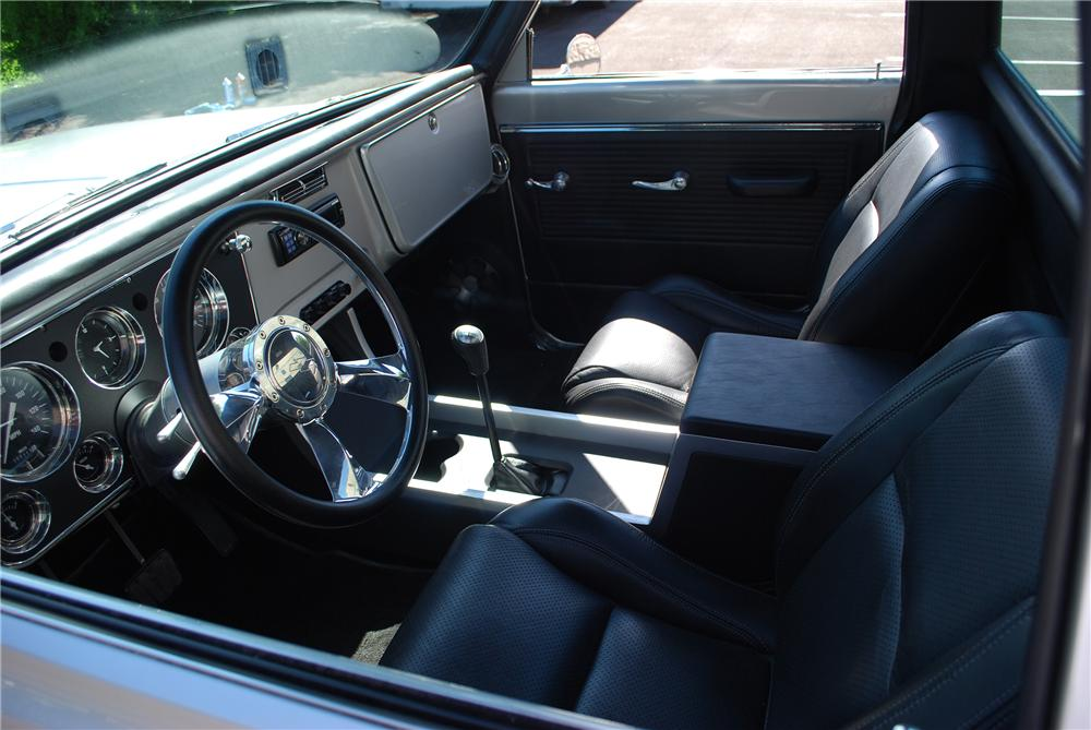 1969 CHEVROLET C-10 CUSTOM PICKUP - Interior - 157761