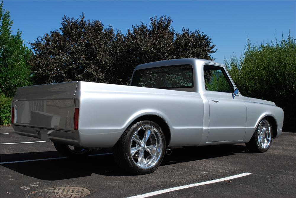 1969 CHEVROLET C-10 CUSTOM PICKUP - Rear 3/4 - 157761
