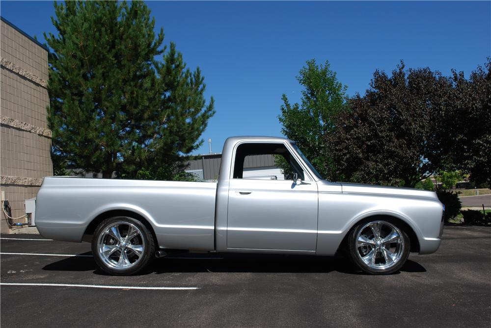 1969 CHEVROLET C-10 CUSTOM PICKUP - Side Profile - 157761