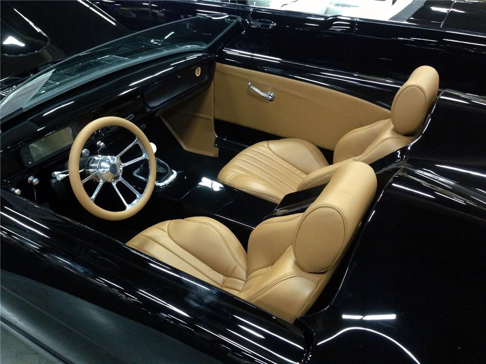 1965 FORD MUSTANG CUSTOM TOPLESS ROADSTER - Interior - 157768