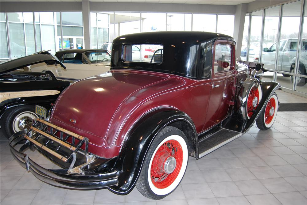 1932 DODGE COUPE - Rear 3/4 - 157793