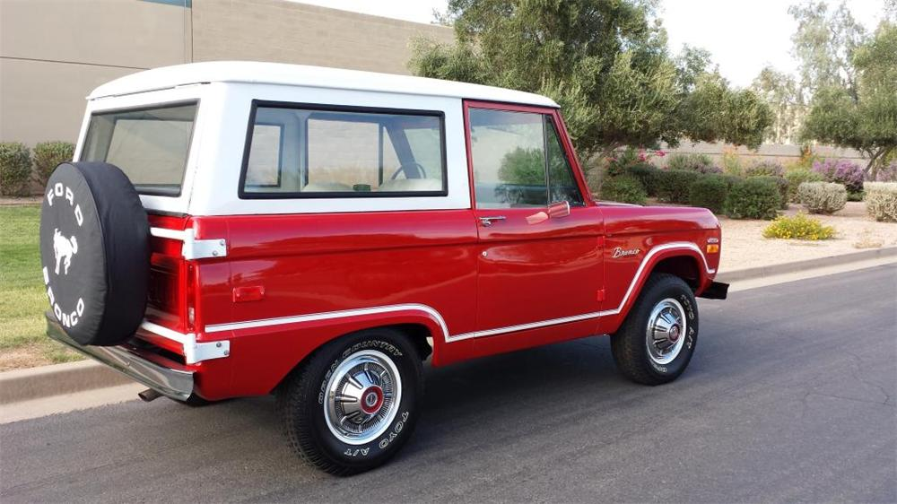 1970 FORD BRONCO SUV - Rear 3/4 - 157818