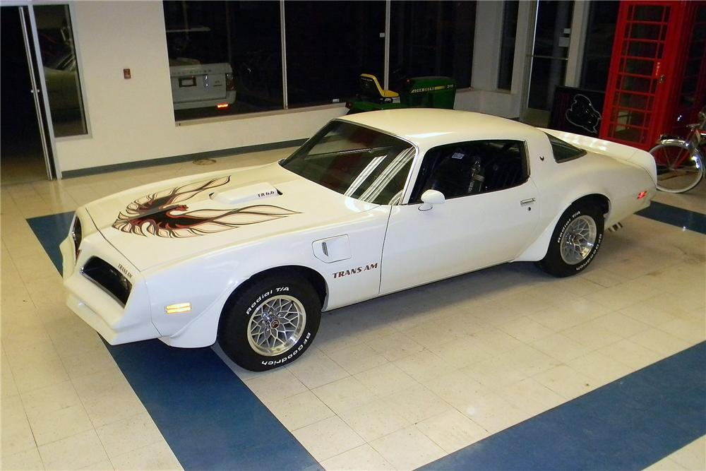 1977 PONTIAC FIREBIRD TRANS AM 2 DOOR COUPE - Front 3/4 - 157831