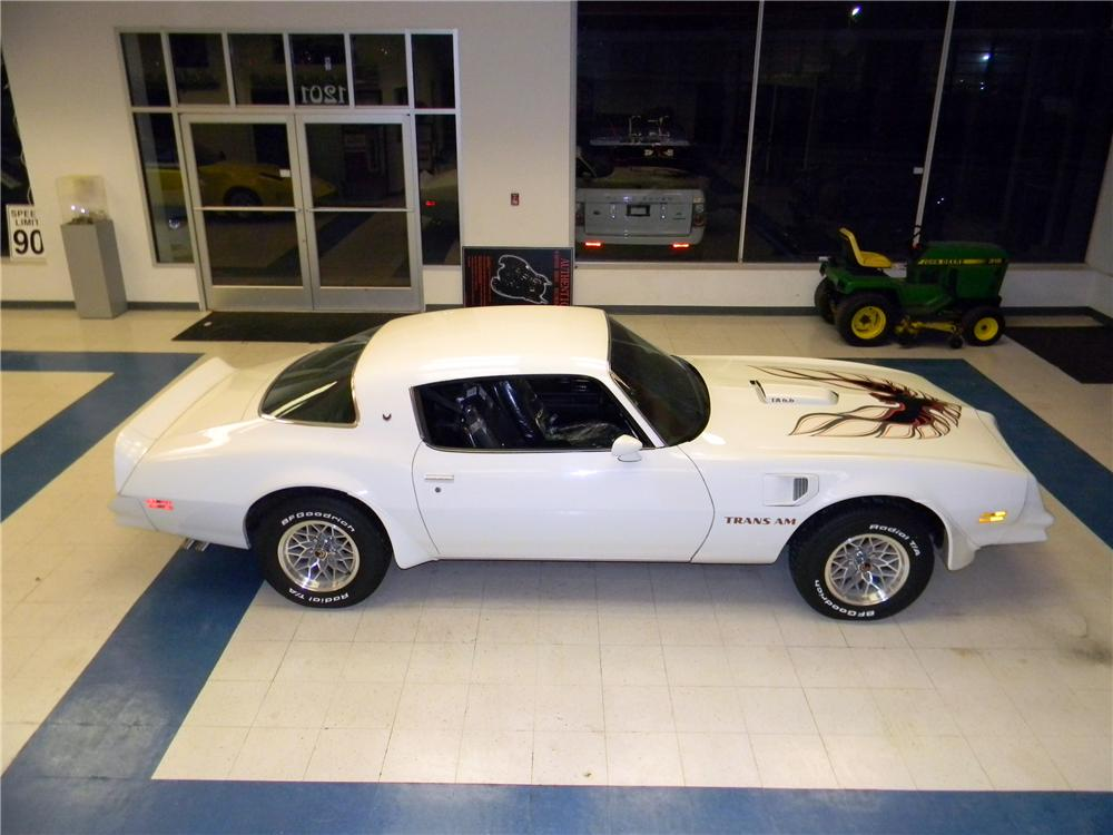 1977 PONTIAC FIREBIRD TRANS AM 2 DOOR COUPE - Side Profile - 157831