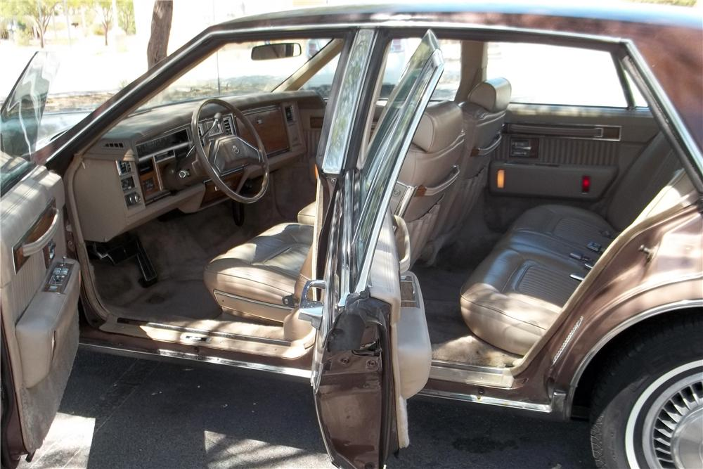 1980 CADILLAC SEVILLE 4 DOOR SEDAN - Interior - 157834