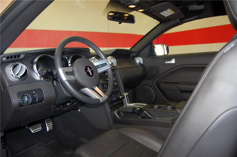 2008 SHELBY GT BARRETT-JACKSON EDITION - Interior - 157850