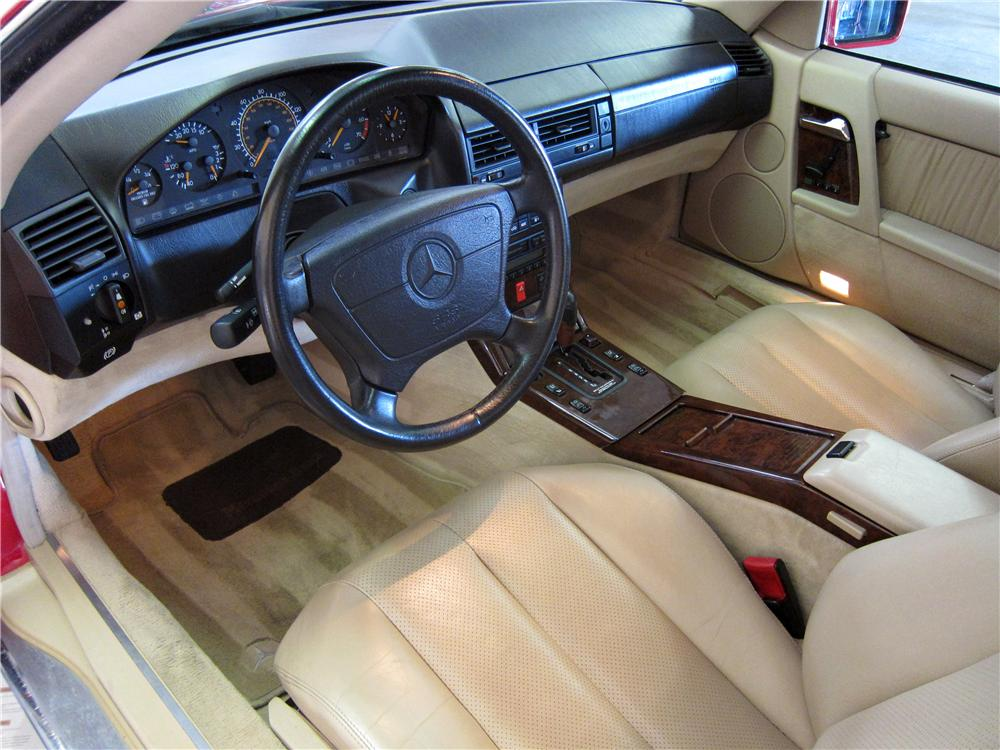 1994 MERCEDES-BENZ SL600 CONVERTIBLE - Interior - 157860