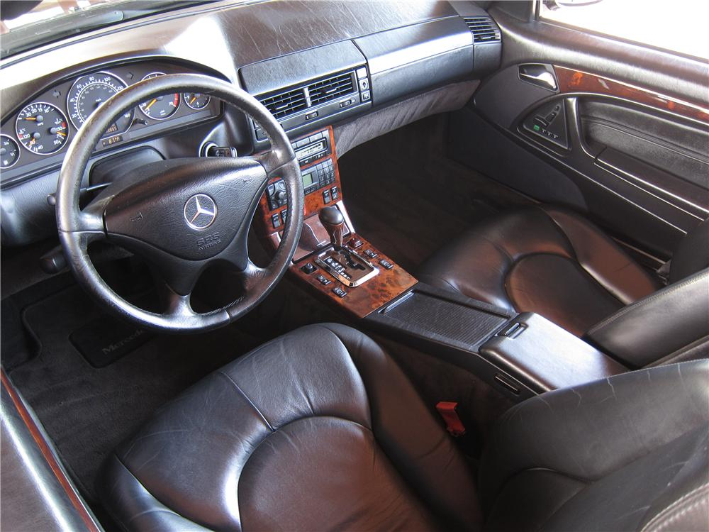 1999 MERCEDES-BENZ SL500 CONVERTIBLE - Interior - 157861