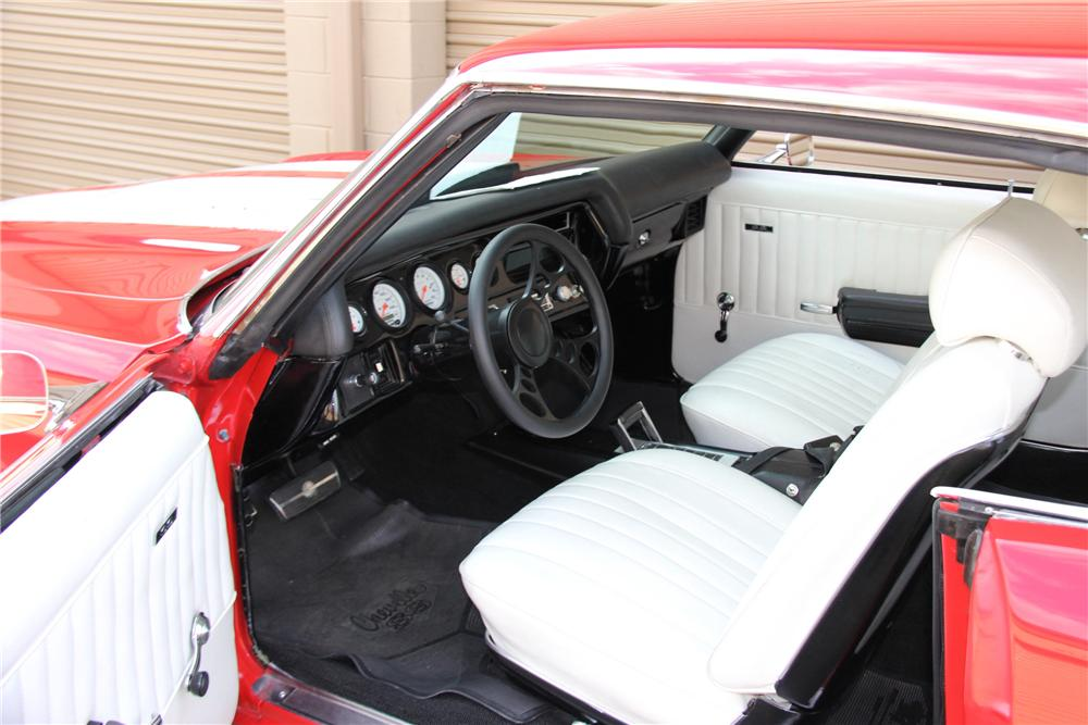 1972 CHEVROLET CHEVELLE CUSTOM 2 DOOR HARDTOP - Interior - 157868