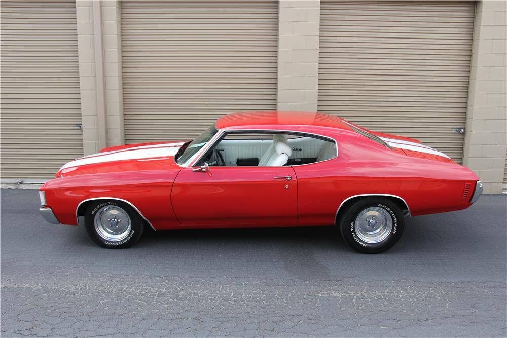 1972 CHEVROLET CHEVELLE CUSTOM 2 DOOR HARDTOP - Side Profile - 157868