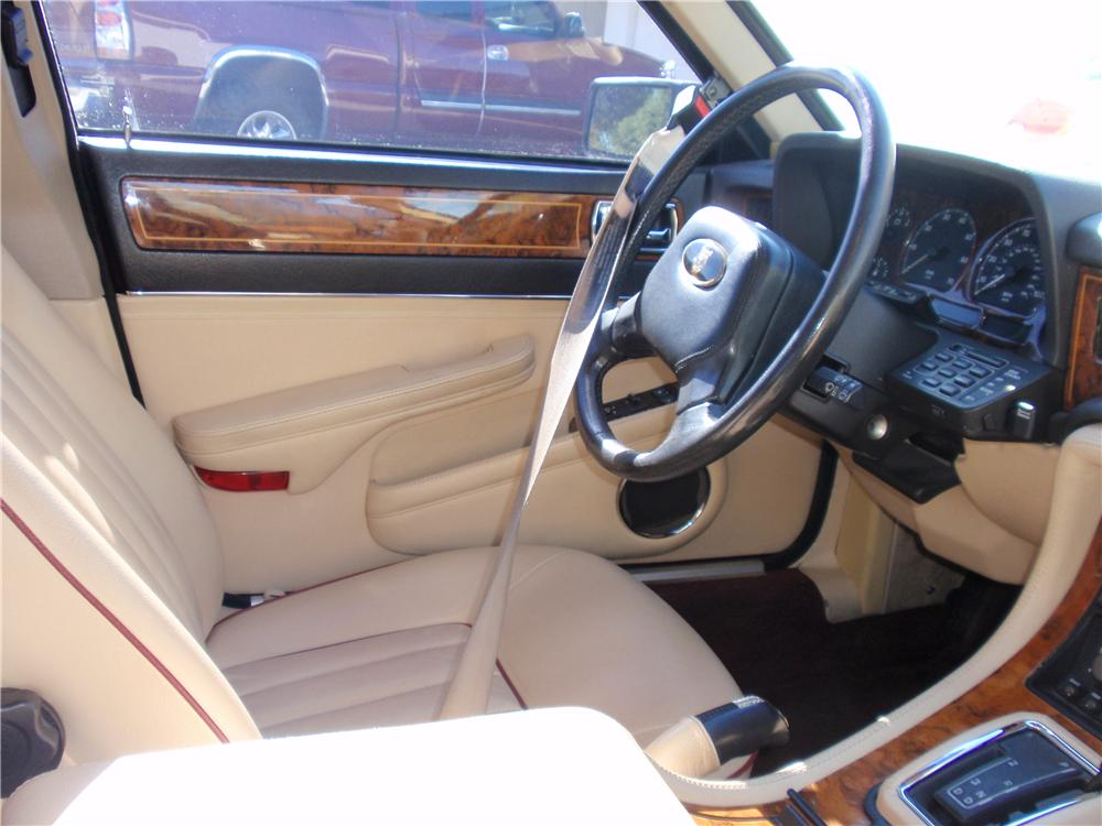 1990 JAGUAR XJ 6 VANDEN PLAS 4 DOOR SEDAN - Interior - 157871