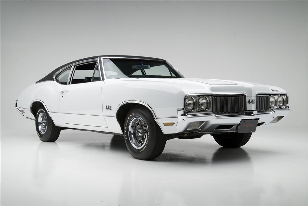 1970 OLDSMOBILE 442 2 DOOR POST COUPE - Front 3/4 - 157877