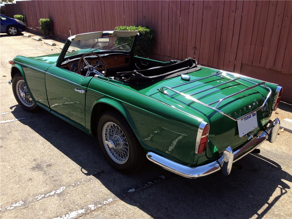 1967 TRIUMPH TR-4 A IRS CONVERTIBLE - Rear 3/4 - 157880