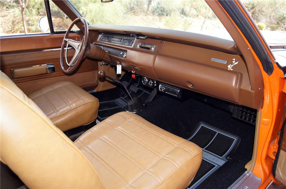 1969 PLYMOUTH ROAD RUNNER COUPE - Interior - 157883