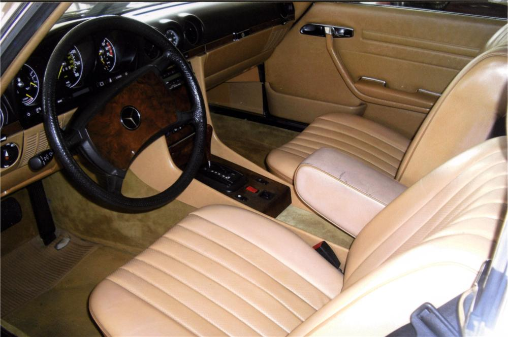 1984 MERCEDES-BENZ 380SL CONVERTIBLE - Interior - 157886