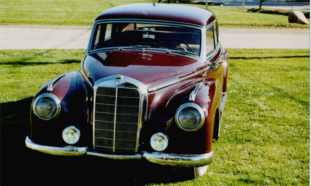 1952 MERCEDES-BENZ 4 DOOR HARDTOP - Side Profile - 15789