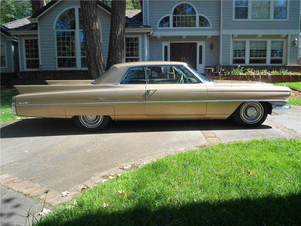 1963 CADILLAC SERIES 62 COUPE DE VILLE - Side Profile - 157897