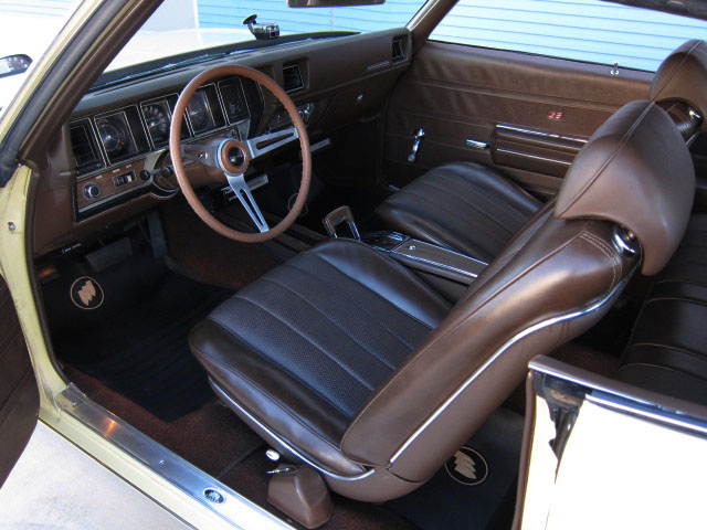 1970 BUICK GS455 2 DOOR HARDTOP - Interior - 157900