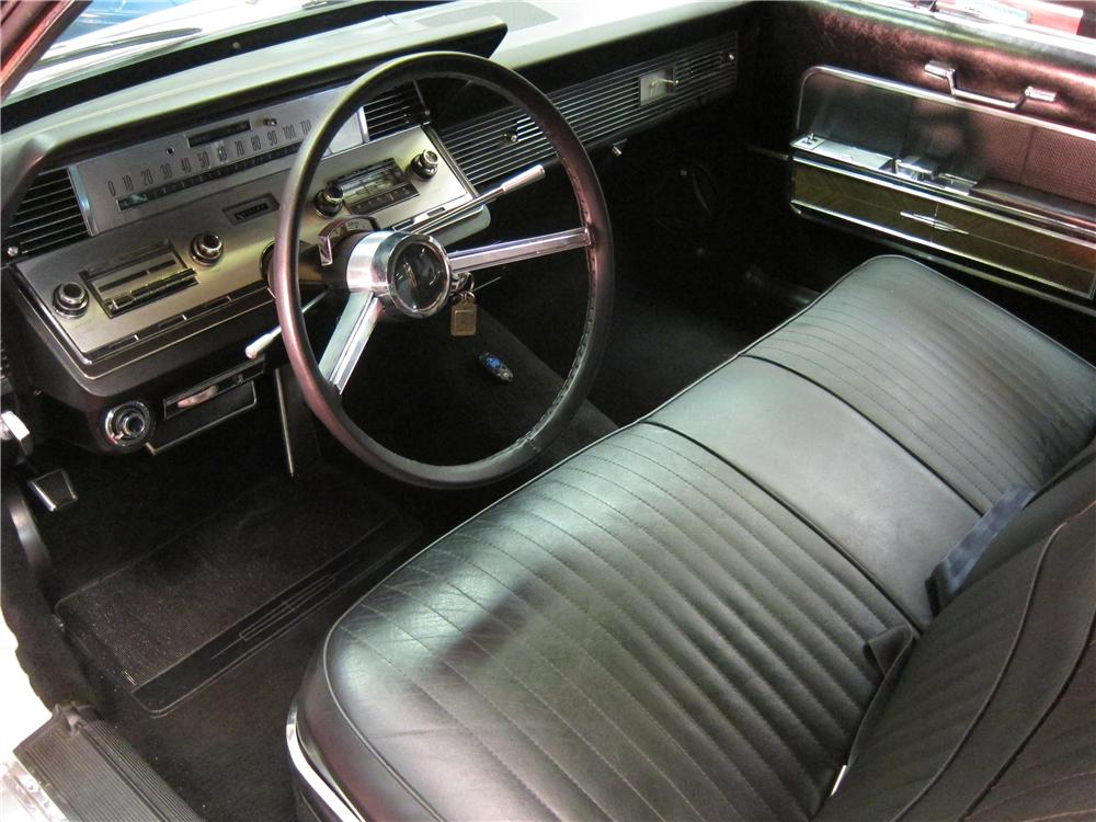 1966 LINCOLN CONTINENTAL 2 DOOR COUPE - Interior - 157903