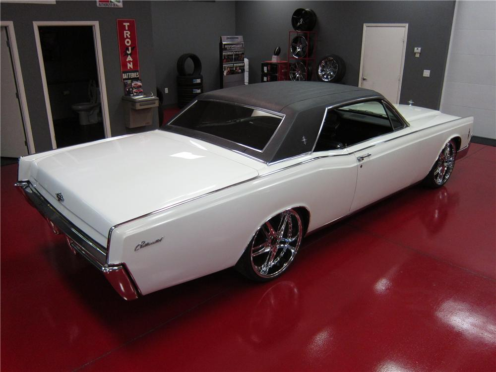 1966 LINCOLN CONTINENTAL 2 DOOR COUPE - Rear 3/4 - 157903