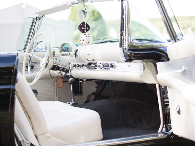 1956 FORD THUNDERBIRD CONVERTIBLE - Interior - 157905