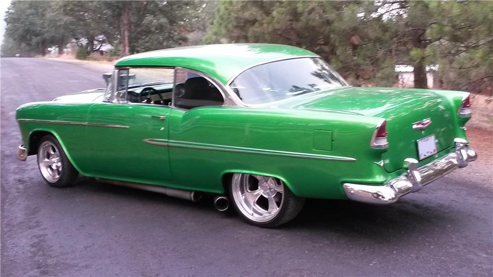 1955 CHEVROLET BEL AIR CUSTOM 2 DOOR HARDTOP - Rear 3/4 - 157909