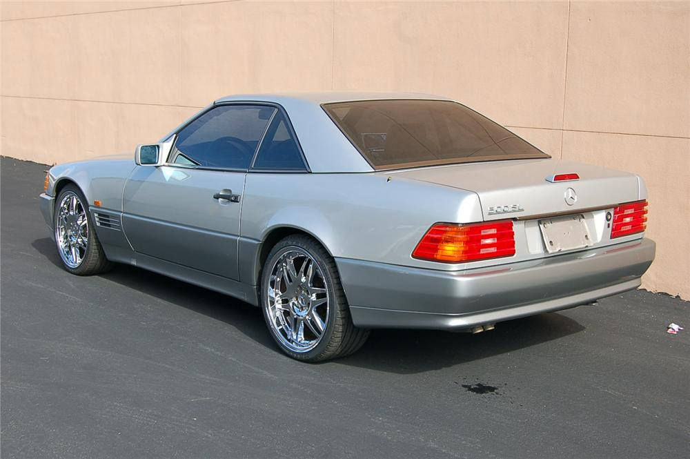 1991 MERCEDES-BENZ SL500 CONVERTIBLE - Rear 3/4 - 157912