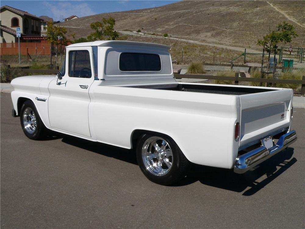 1960 CHEVROLET C-10 CUSTOM PICKUP - Rear 3/4 - 157922